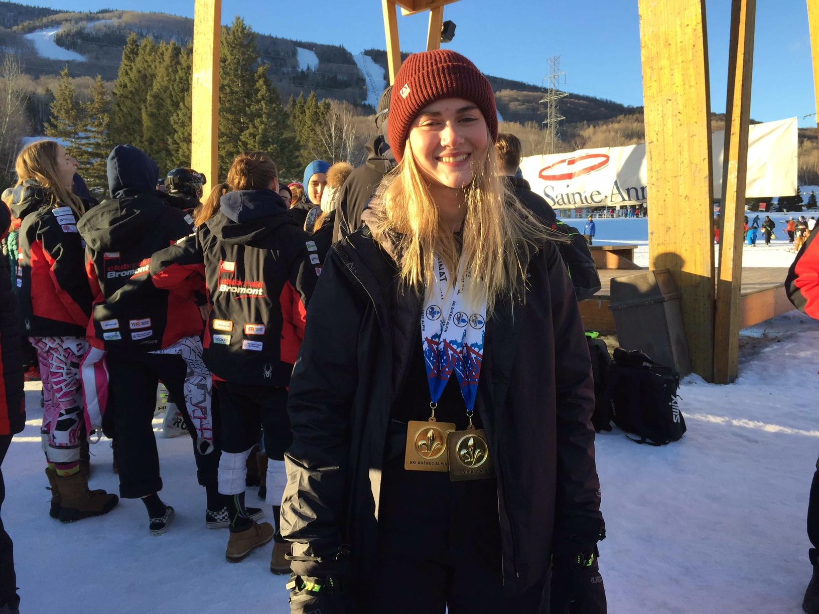 Médaille d'or pour l'une des athlètes de la Zone de ski Est du Québec au Circuit Junior Provincial !